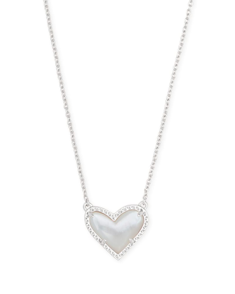 Ari Heart Silver Pendant Necklace in Ivory Mother-of-Pearl | Kendra Scott