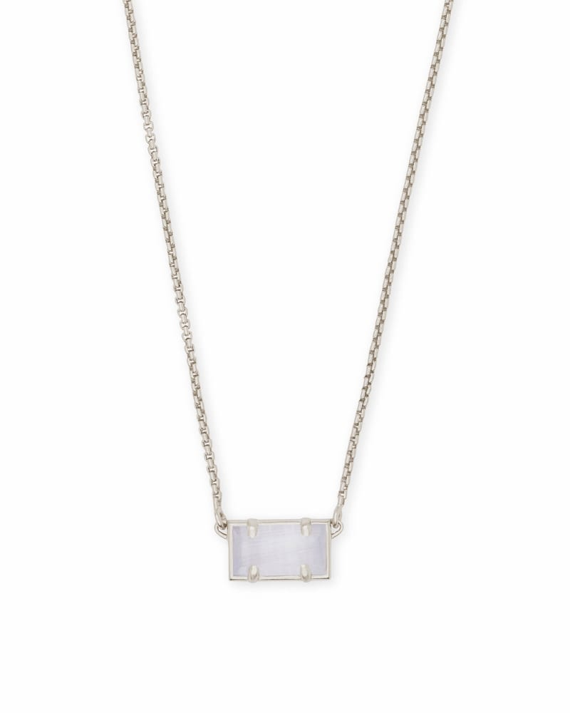 Pattie Pendant Necklace in Silver