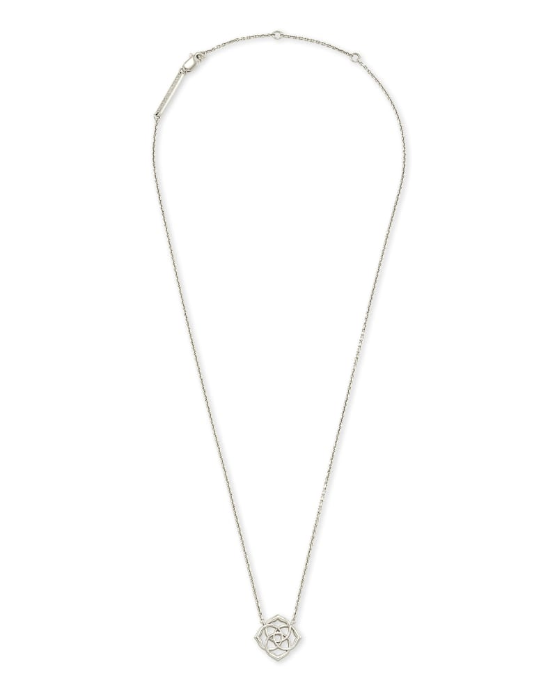 Dira Pendant Necklace in Sterling Silver