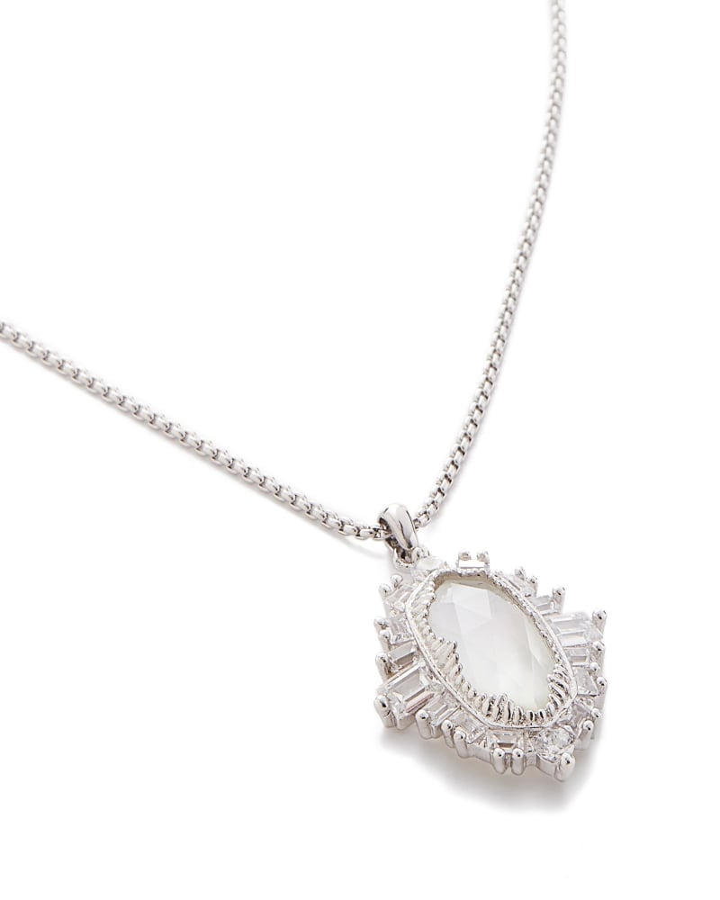 Kay Pendant Necklace in Silver