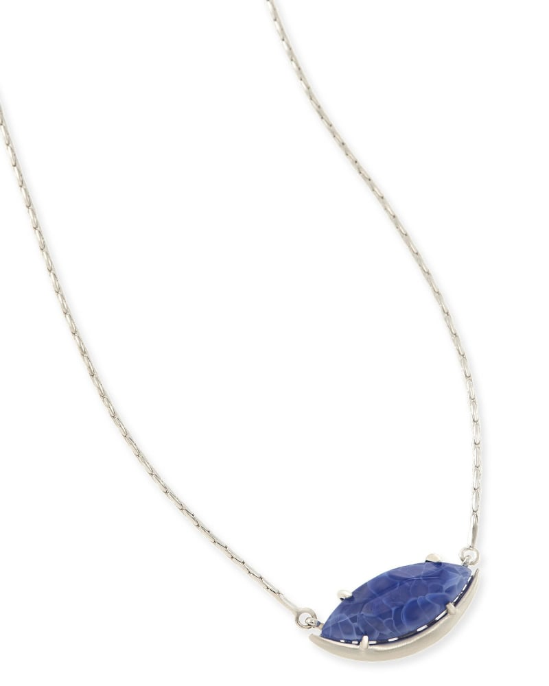Meghan Pendant Necklace in Crackle Blue Agate
