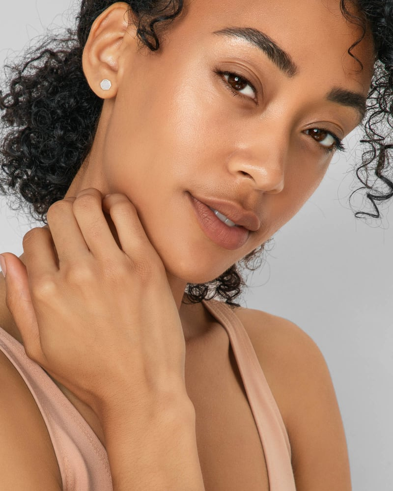 Nola Silver Stud Earrings in White Kyocera Opal Illusion