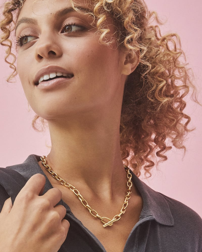 Paige Toggle Necklace in 18k Gold Vermeil