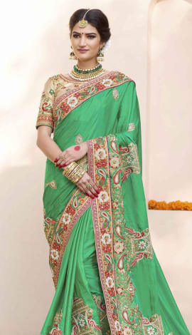 Saree : Green, Blouse : Beige Saree : Georgette, Blouse : Art Silk Saree