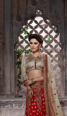 Lehenga : Red, Blouse/Choli : Golden, Dupatta : Be Lehenga : Banglori Silk, Choli/Blouse : Banglori S Lehenga