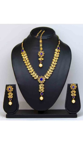 Blue Stone And Pearl Jewellery