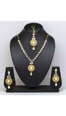 White Imported Stone Jewellery