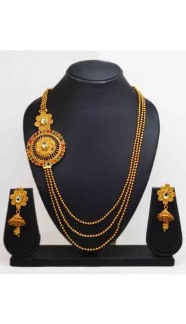 Multi Kundan And Gold Finishing Jewellery