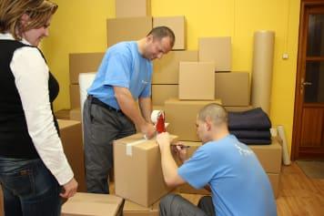 Csomagolás költöztetéshez