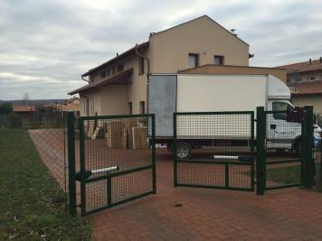 Családi házak költöztetése