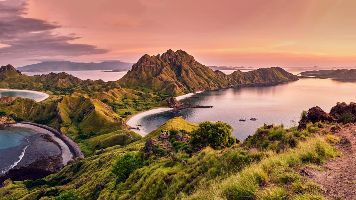 Labuan Bajo Tour Packages & Holidays With Tripfez