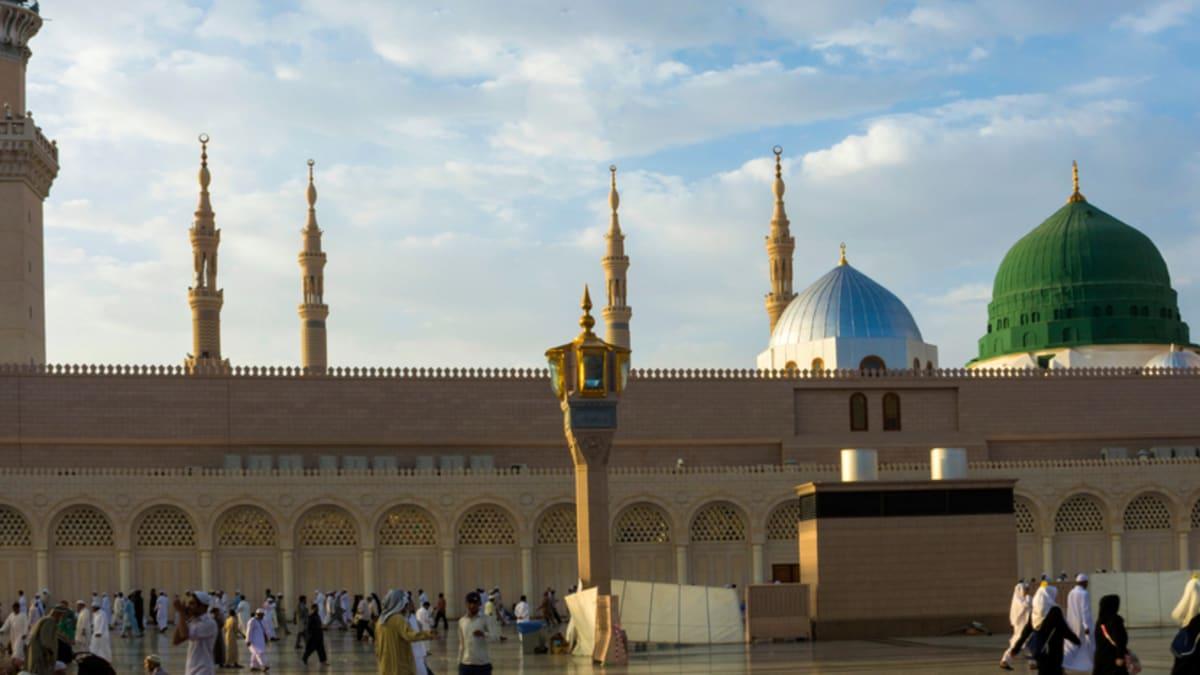 Pakej Percutian ke Madinah Bersama Tripfez