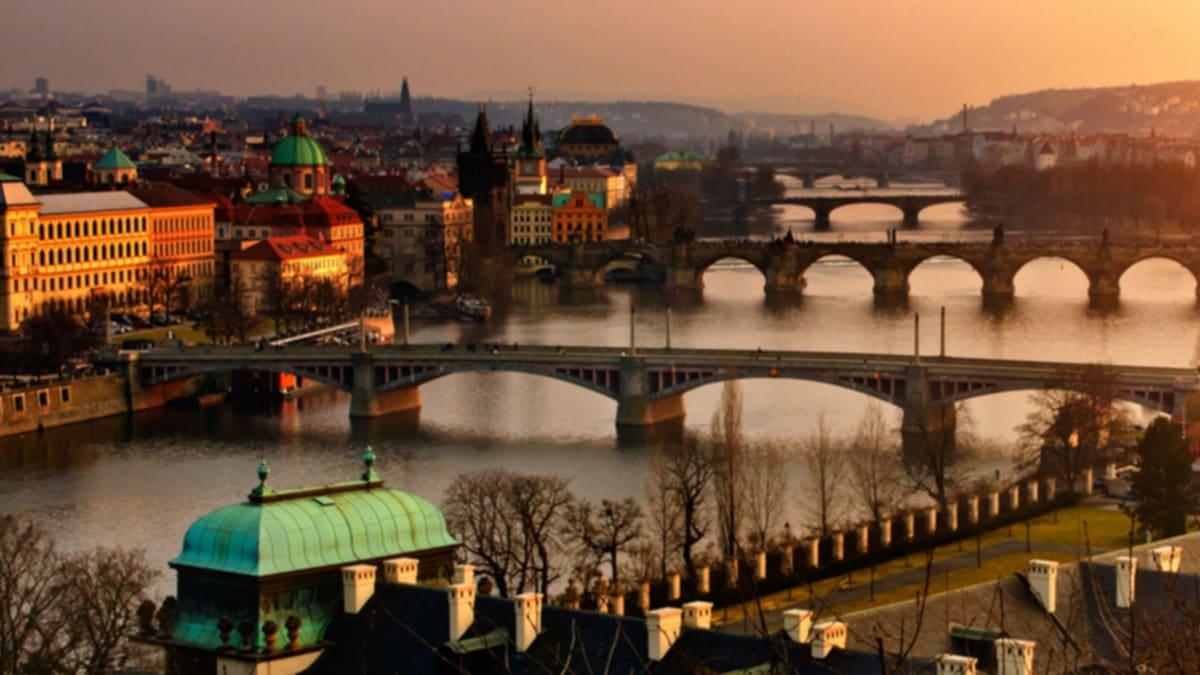 Pakej Percutian ke Prague Bersama Tripfez