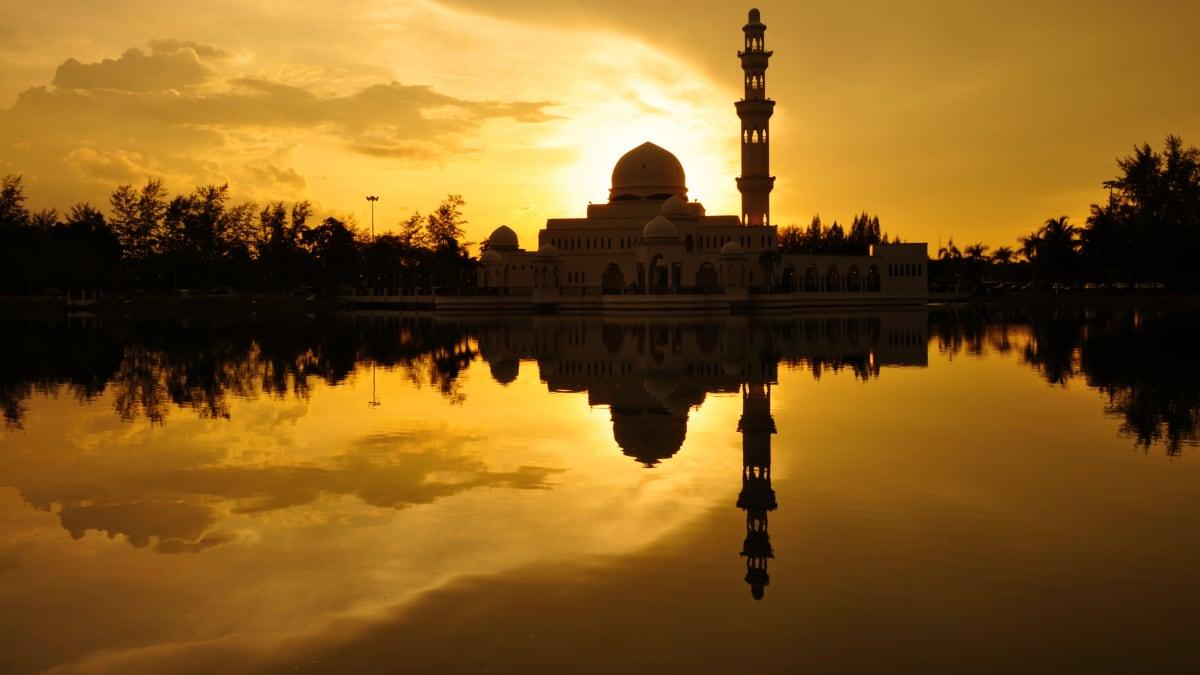 Pakej Percutian ke Kuala Terengganu Bersama Tripfez