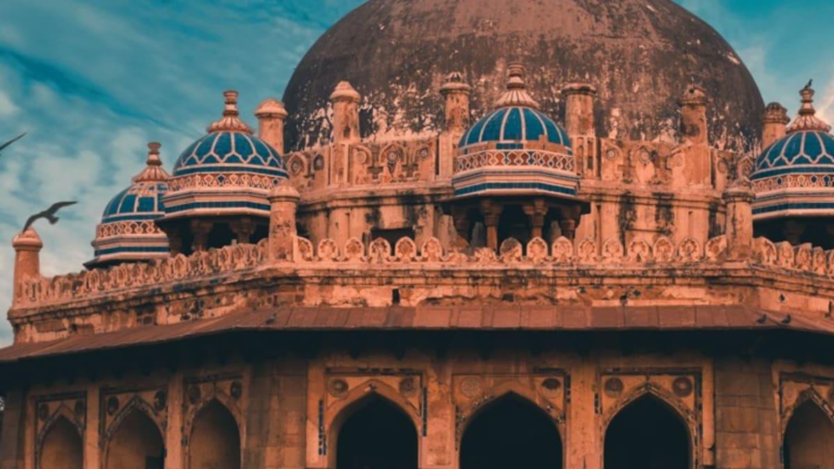 Pakej Percutian ke New Delhi  Bersama Tripfez