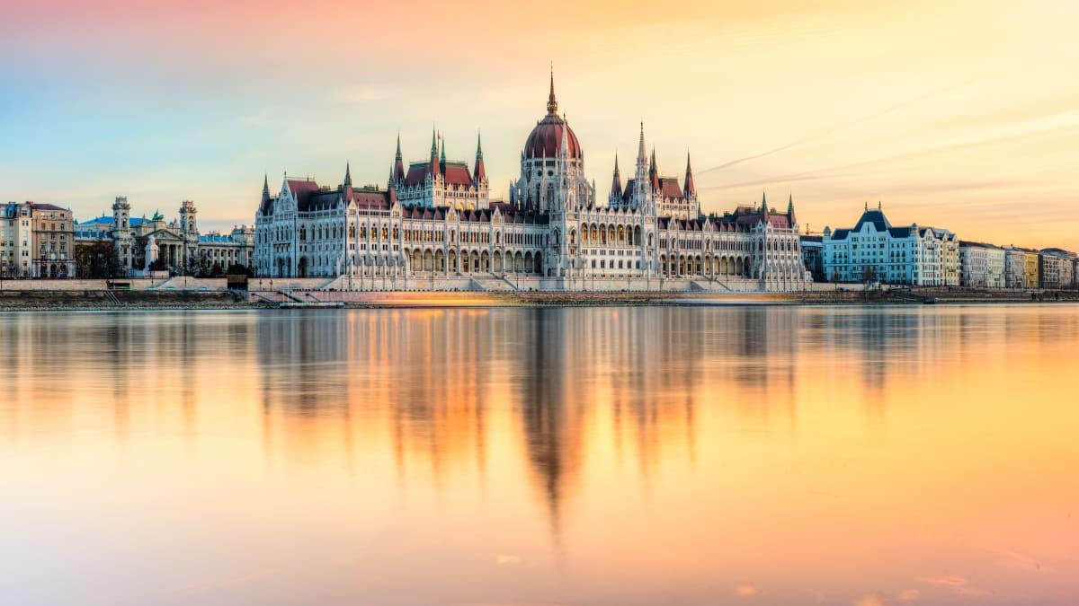 Pakej Percutian ke Budapest Bersama Tripfez