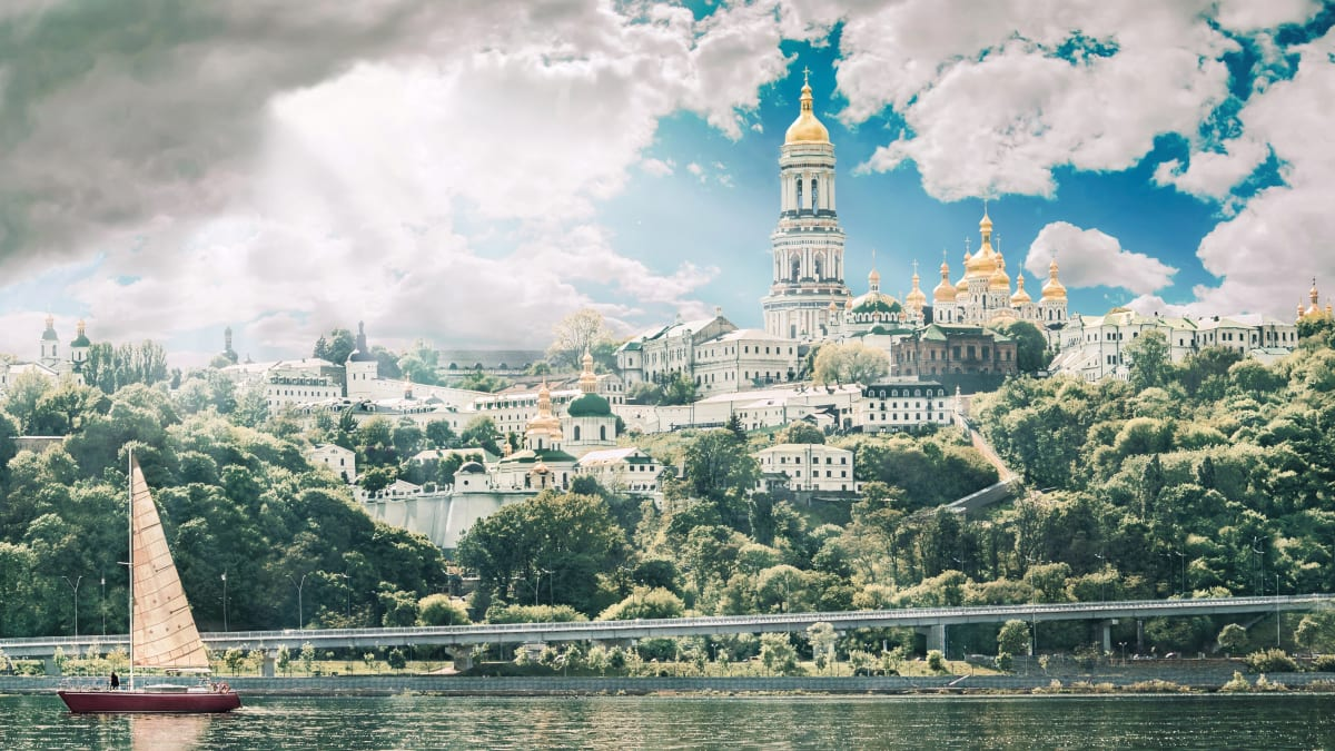 Pakej Percutian ke Ukraine Bersama Tripfez
