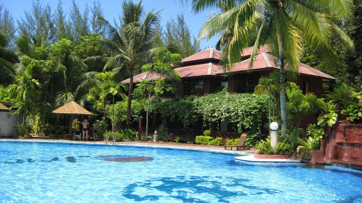 Snorkeling @ Arwana Resort Perhentian With Tripfez