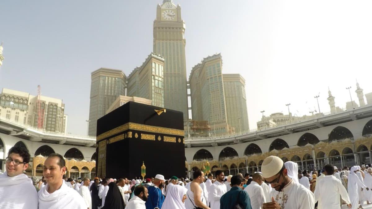 Umrah March: Madinah → Makkah  With Tripfez