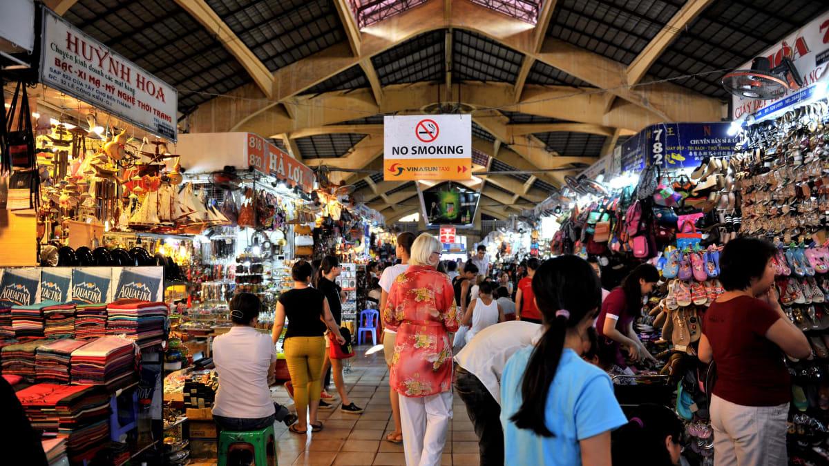 Ho Chi Minh 'Fly & Shop' Bersama Tripfez