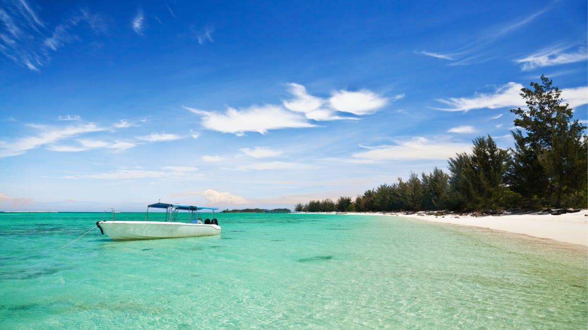 Pulau Mantanani  With Tripfez