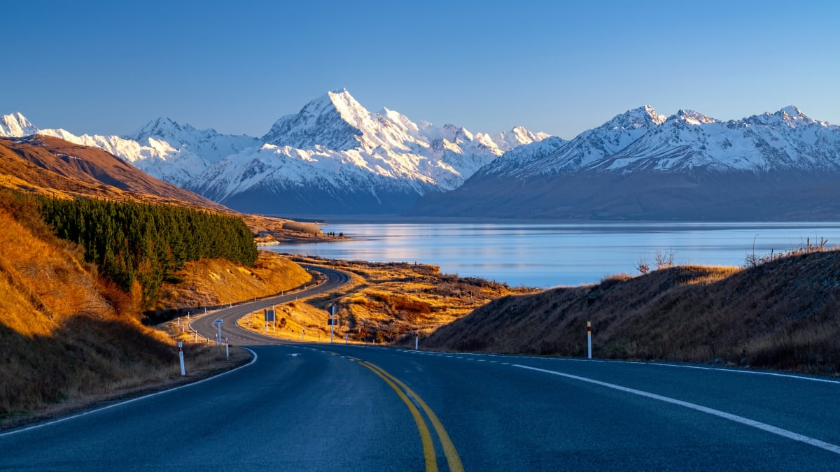 Majestic New Zealand North & South Island Tour Bersama Tripfez