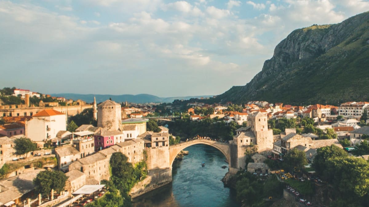 Bosnia (Autumn) With Tripfez