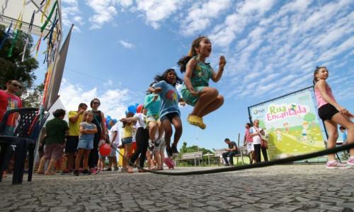 Leia nosso post - Larissa Gaspar propõe o Dia Municipal do Brincar