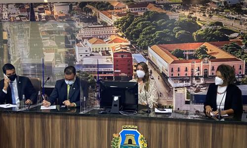 Leia nosso post - José Avelino: CDH recebe titulares da Prefeitura para esclarecimentos e encaminhamentos