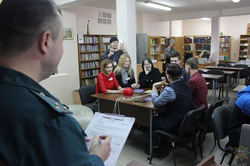 na-brein-ring-v-bobruiskom-kolledzhe-pobedila-komanda-zelyonykh-1
