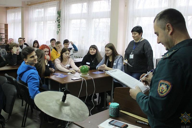 na-brein-ring-v-bobruiskom-kolledzhe-pobedila-komanda-zelyonykh-2