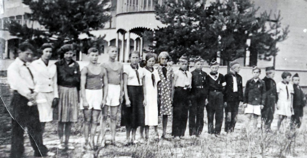 v-1929-godu-bobruiskie-pionery-prinyali-uchastie-v-1-m-vsesoyuznom-pionerskom-slyote-2