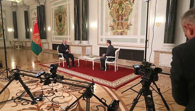 desyatki-tysyach-belorusov-trebuyut-vvesti-v-strane-karantin-prezident-obyasnyaet-pochemu-net-1