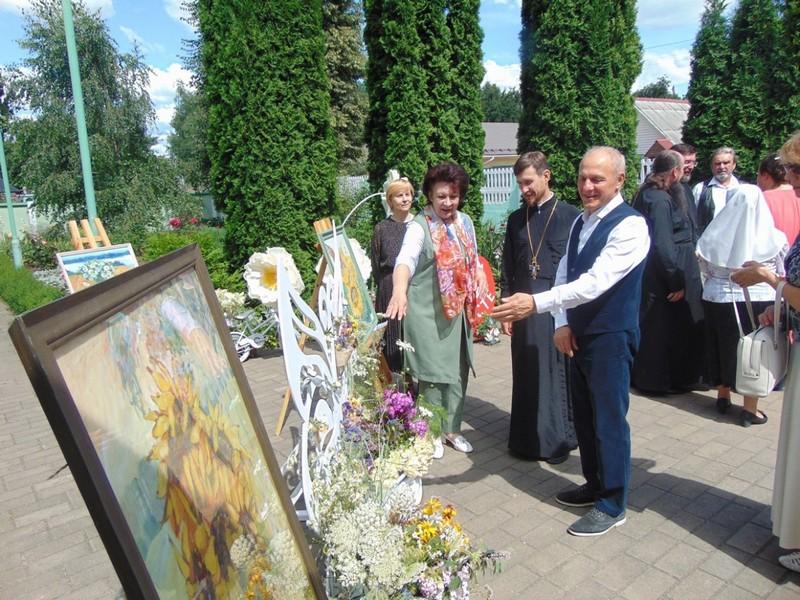 v-tretii-raz-v-bobruiske-proshla-vystavka-konkurs-cvety-dlya-svyatoi-elisavety-5