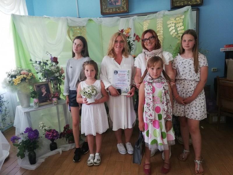 v-tretii-raz-v-bobruiske-proshla-vystavka-konkurs-cvety-dlya-svyatoi-elisavety-10
