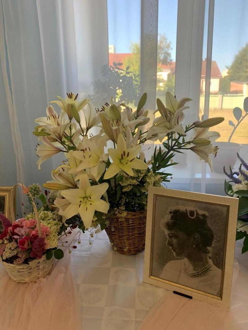 v-tretii-raz-v-bobruiske-proshla-vystavka-konkurs-cvety-dlya-svyatoi-elisavety-17