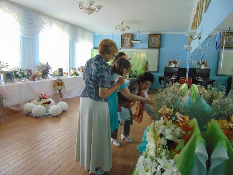 v-tretii-raz-v-bobruiske-proshla-vystavka-konkurs-cvety-dlya-svyatoi-elisavety-19