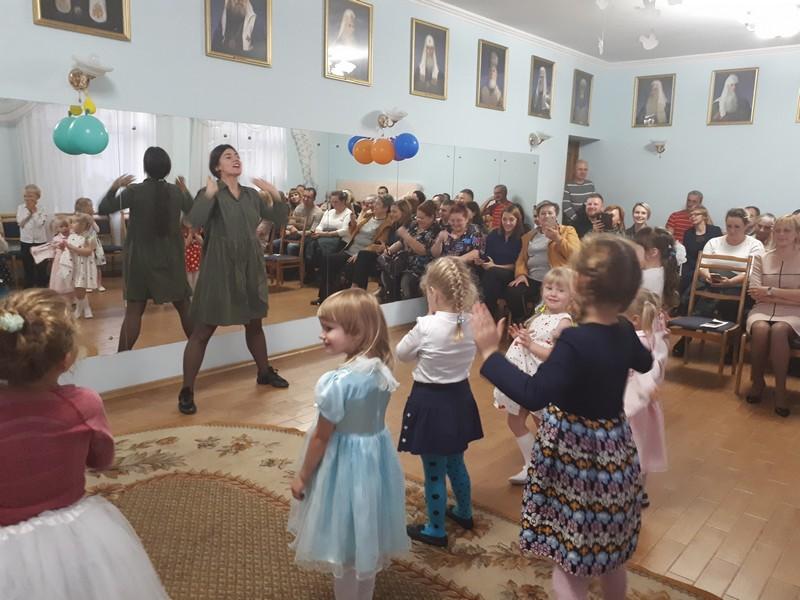 art-studiya-teatra-i-kino-zakulise-obyavlyaet-nabor-bobruichan-ot-4-do-16-let