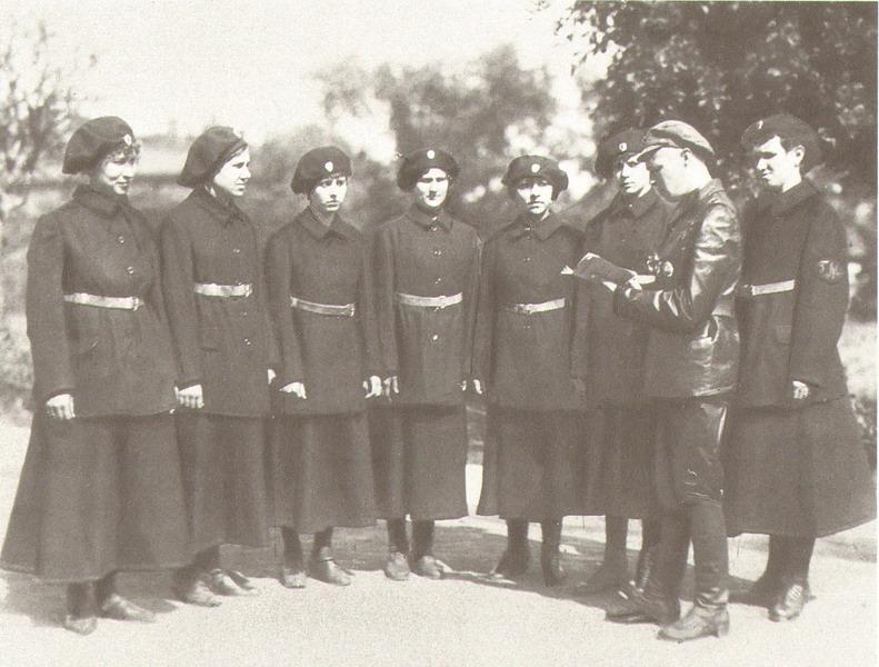 pervye-zhenshiny-milicionery-v-bobruiske-2