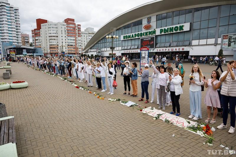 odna-iz-organizatorov-zhenskikh-protestov-v-minske-devochki-boyatsya-v-etom-mnogo-gneva-no-eshyo-bolshe-otvazhnoi-lyubvi-a-ona-silnee-2