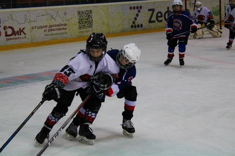 v-bobruisk-arene-sostoyalsya-turnir-rozhdestvenskii-kubok-sredi-komand-2011-2012-g-r