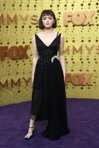 Maisie Williams - Outfit Chic Cerimonia Lusso