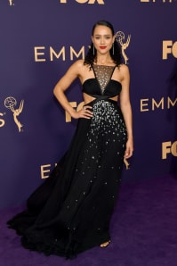Nathalie Emmanuel - Outfit Chic Cerimonia Lusso