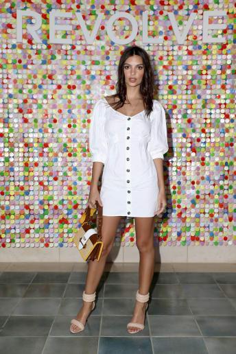 Emily Ratajkowski - Outfit Casual Tutti i giorni Fascia Media
