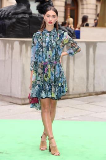 Iris Law - Outfit Bon Ton Cerimonia Fascia Media