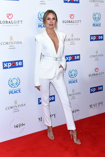 Kimberley Garner - Outfit Chic Cerimonia Lusso