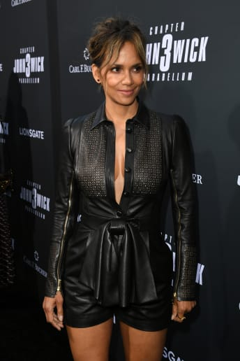 Halle Berry - Outfit Rock Cerimonia Lusso