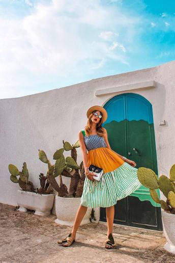 Alessia Melpignano - Outfit Vintage Spiaggia Lusso