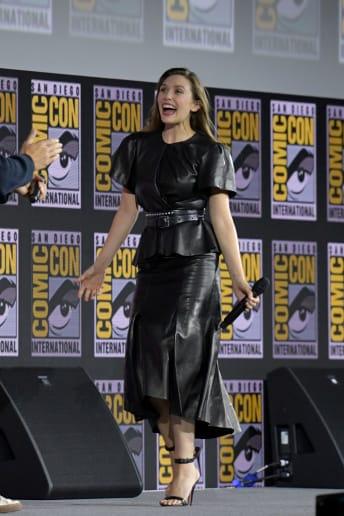 Elizabeth Olsen - Outfit Rock Tutti i giorni Lusso
