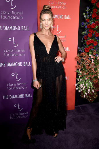 Karlie Kloss - Outfit Chic Cerimonia Lusso